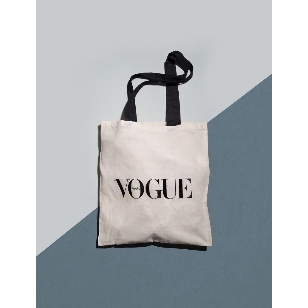 https://tienda.condenast.es/nast/2688-large_alysum/suscripcion-vogue-tote-bag-2018.jpg